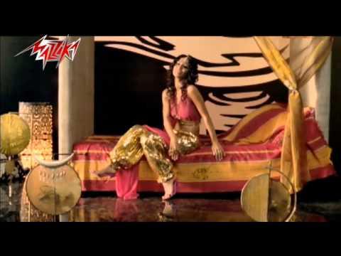 Aayezny Aaolak - Dolly Shahine عايزنى اقولك - دوللى شاهين